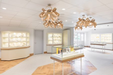 http://Jewellery%20store%20interior%20with%20wood%20floor%20and%20lights