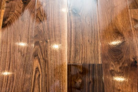 http://Glossy%20wood%20floorboards